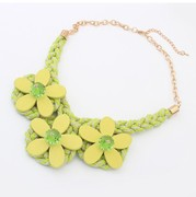 Package mail K207 well jewelry Korean version of the new wood woven short Flower necklace fashion necklace