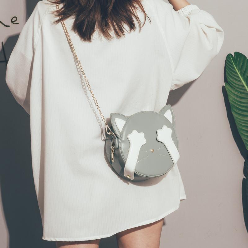 可爱小包包女包新款2020网红斜挎包女百搭ins搞怪丑萌单肩链条包