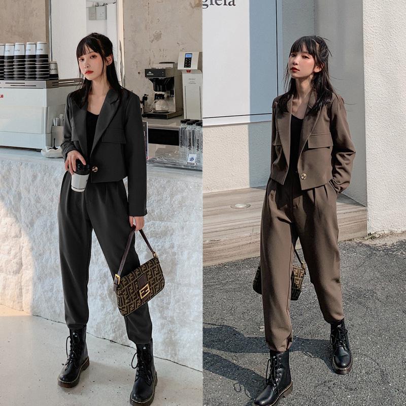 实拍现货971#网红气质套装女2020秋季新款短款小西装外套设计感 -
