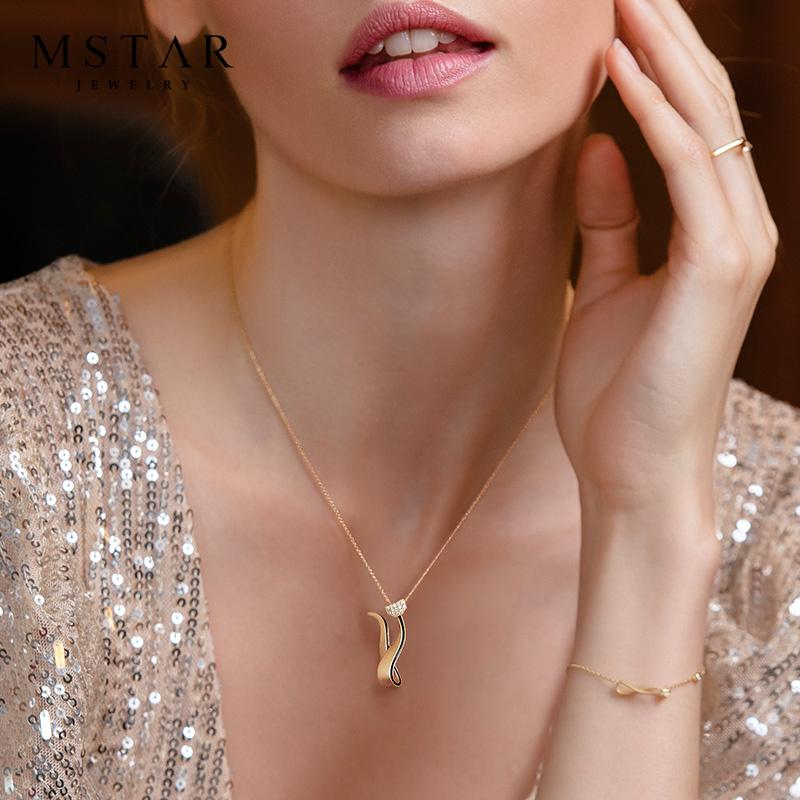 MSTAR18K金钻石项链女玫瑰金黄金猫小姐吊坠锁骨套链真钻彩金首饰