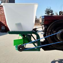 撒肥机拖拉机农用ku5动塑料桶ng挂施肥机机械撒播机多功能下