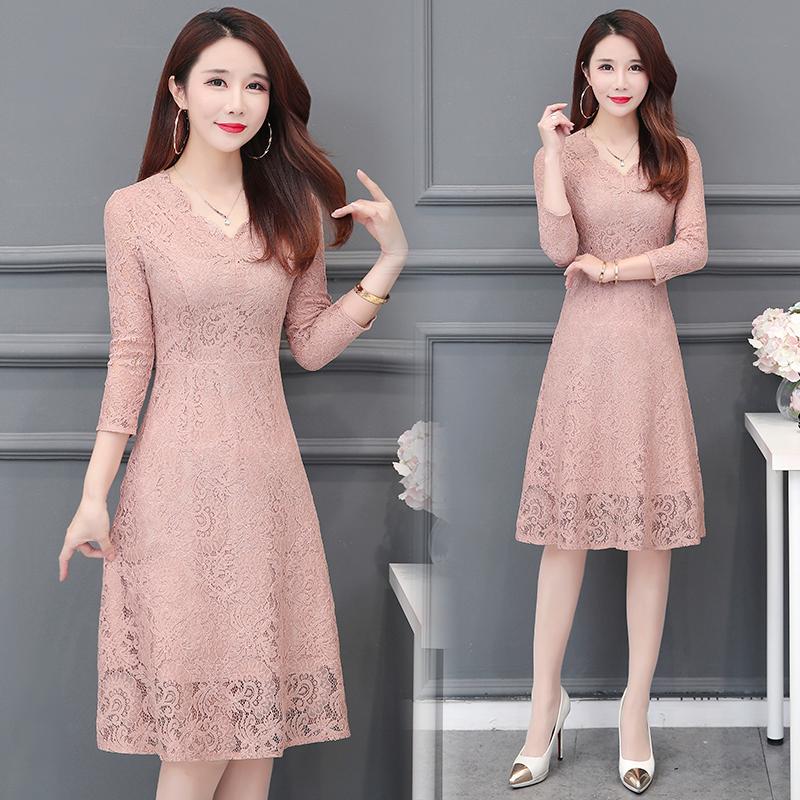 2019春夏装新品30-35-45岁女装修身优雅气质收腰七分袖蕾丝连衣裙