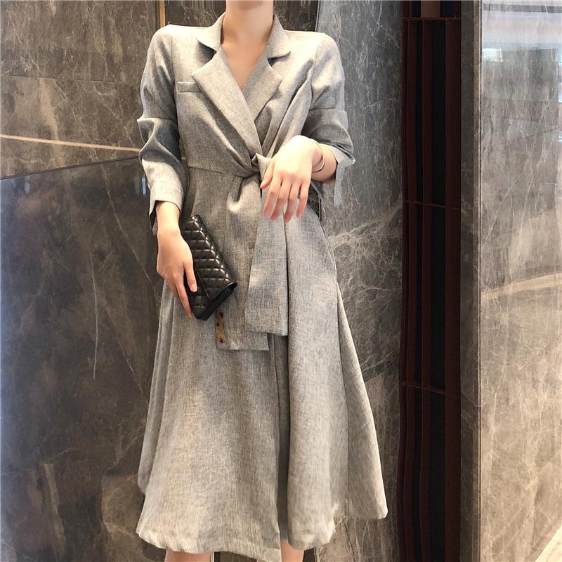 实拍高级灰设计感扭结系带假袖子翻领气质大摆风衣裙-正点服饰实拍-