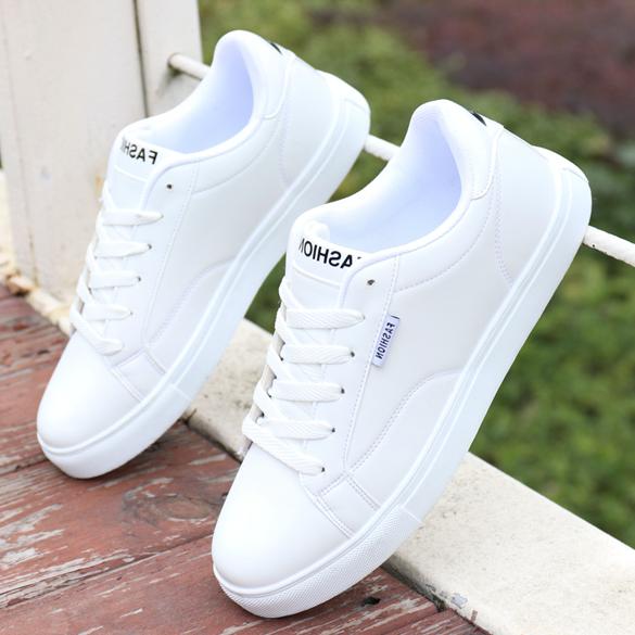 新款男鞋秋冬季透气防水白色板鞋子男韩版潮流运动休闲百搭小白鞋