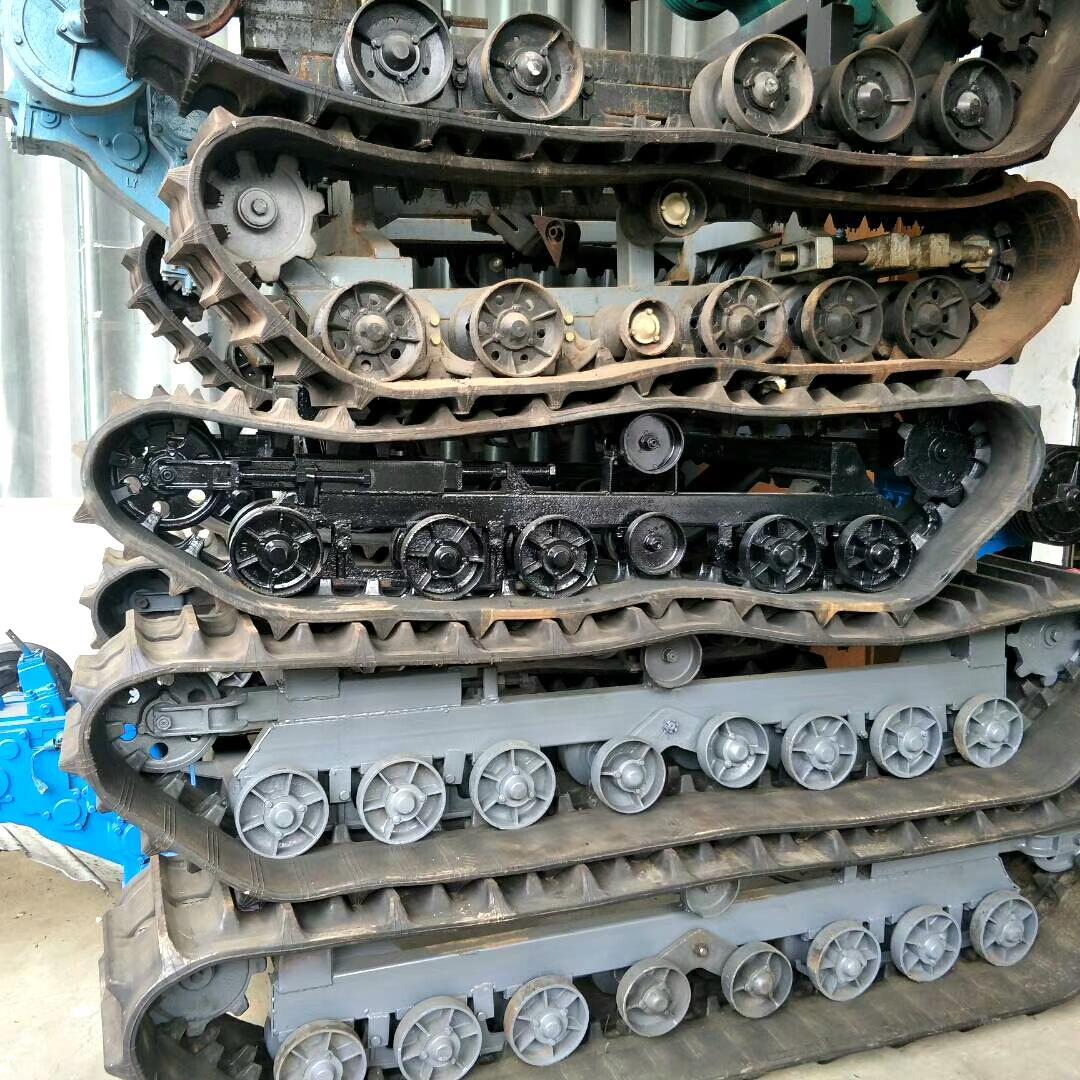 履带底盘钻井底盘底盘吊机液压油缸顶变速箱无极变速器农机配件图片