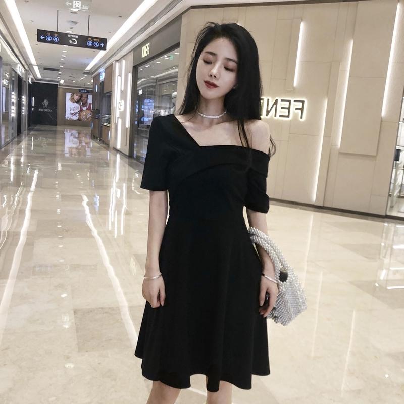 v领赫本小黑裙气质小礼服收腰chic显瘦连衣裙女2019夏季新款a字裙
