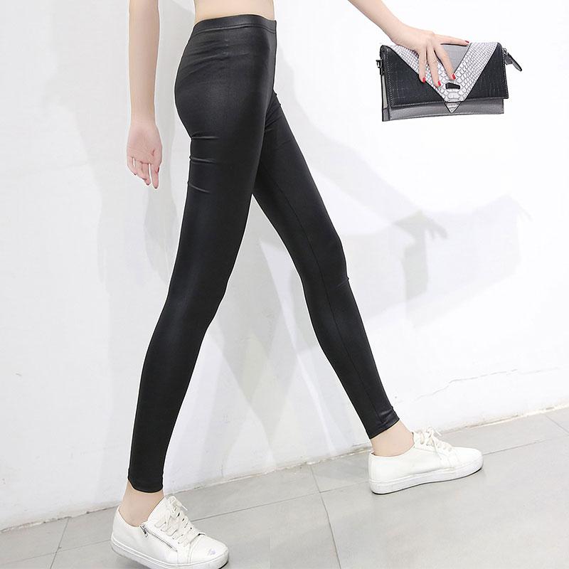 新款仿皮打底裤外穿薄款皮裤女黑色小脚长裤显瘦紧身弹力大码女裤