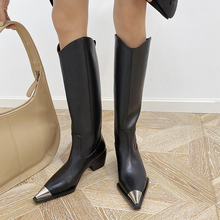 网红式不ci1膝长靴女da秋冬真皮粗跟中跟欧美尖头金属靴子