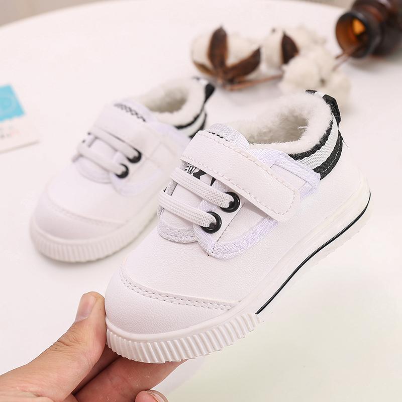 女宝宝鞋子0-1-3岁秋冬季婴儿软底防滑学步鞋小童加绒保暖男棉鞋2