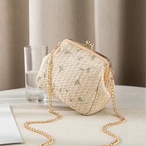New Straw Lace Small Bag Women's Bag 2019 New Summer Small Fresh Woven Shoulder Bag Gold Crossbody Bag