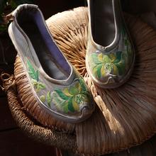 原创直销浅色复tp4民族风文ok底单鞋纯手工绣花布鞋日常芙蓉