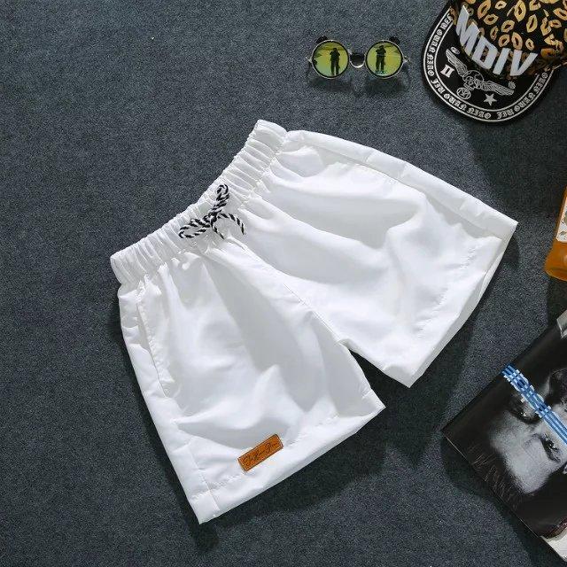 2019男士3三分裤夏沙滩短裤男chic纯色健身超5分短裤跑步运动热裤