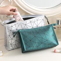 化妆包网红ins风韩国简约便携化妆品收纳袋手包式旅行收纳包少女