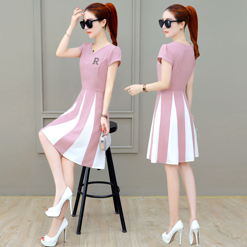 夏季休闲小个子连衣裙女2019新款夏装韩版时尚修身显瘦a字短裙子