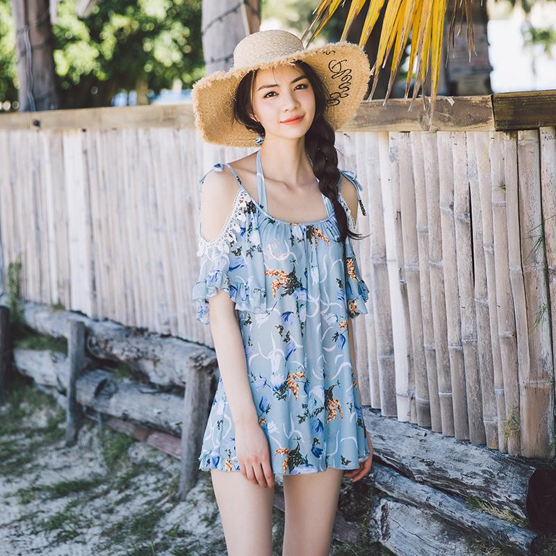 泳衣女式挂脖比基尼三件套防晒蕾丝飞袖罩衫平角聚拢沙滩海边温泉