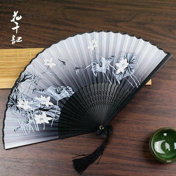 古风折叠扇子中国风便携折扇迷你小扇子流苏女式儿童随身扇夏季。