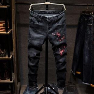 个性刺绣梅花图案牛仔裤男士中国风修身小脚裤男装休闲长裤潮裤子