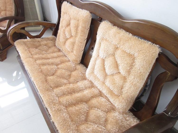 点击查看商品:包邮 秋冬加厚红木实木沙发坐垫 毛绒垫子椅垫 木质沙发组合 防滑