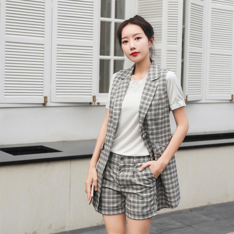2020夏季实拍新款西装领无袖马甲+短裤港味女装套装休闲两件套 -