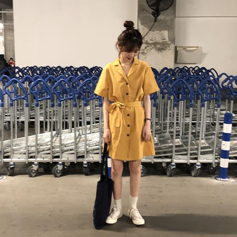 乌77 韩国 显白的chic宽松单排扣翻领短袖中长款连衣裙配腰带女夏