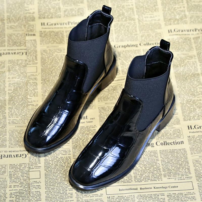 切尔西短靴女英伦风粗跟裸靴2019秋季新款百搭漆皮中跟踝靴马丁靴