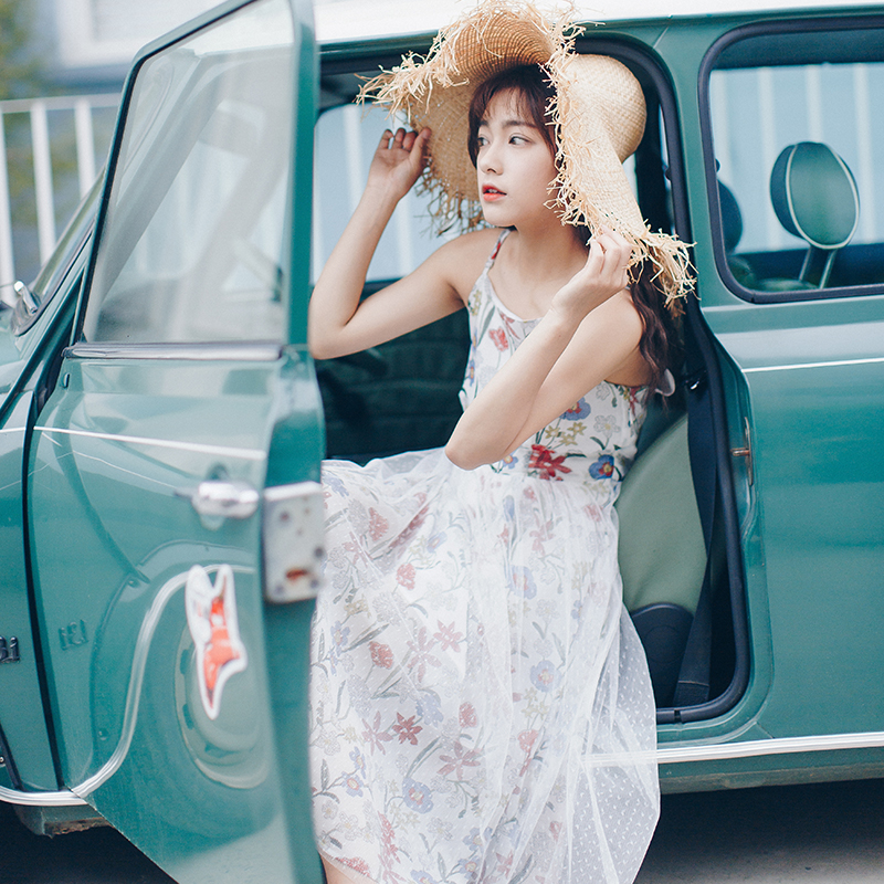 安小落复古温柔风连衣裙sukol吊带裙少女初恋碎花裙2018夏季新款