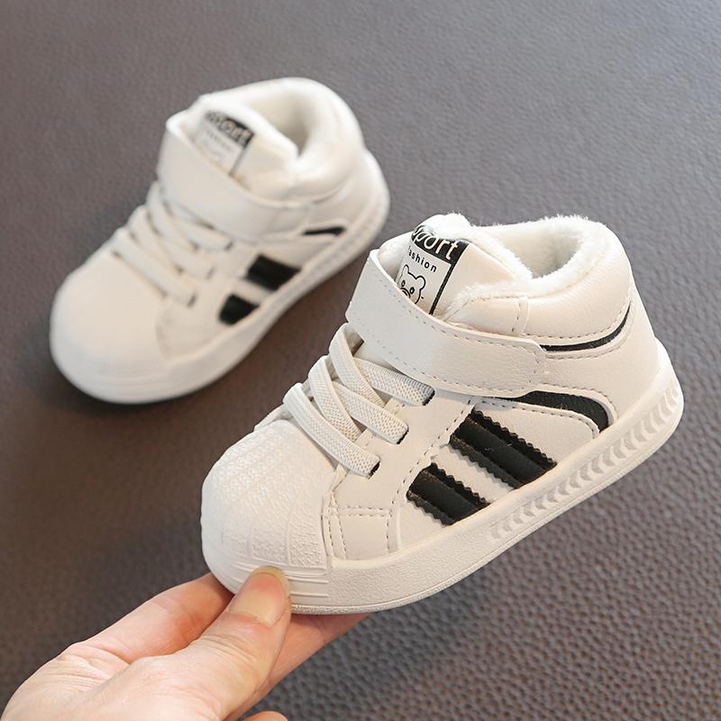 宝宝0-1岁学步鞋子女软底2-3板鞋加绒冬季小白鞋男童运动鞋二棉鞋