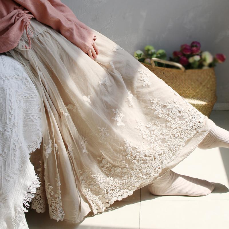 徽家文艺女装2020春夏新款清新双层镂空绣花宽松蕾丝中长款半身裙