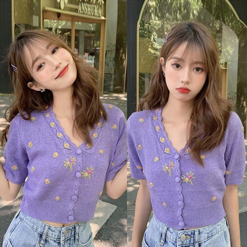 针织毛衣女开衫2020夏季新款韩版短款v领短袖钩花朵紫色刺绣上衣