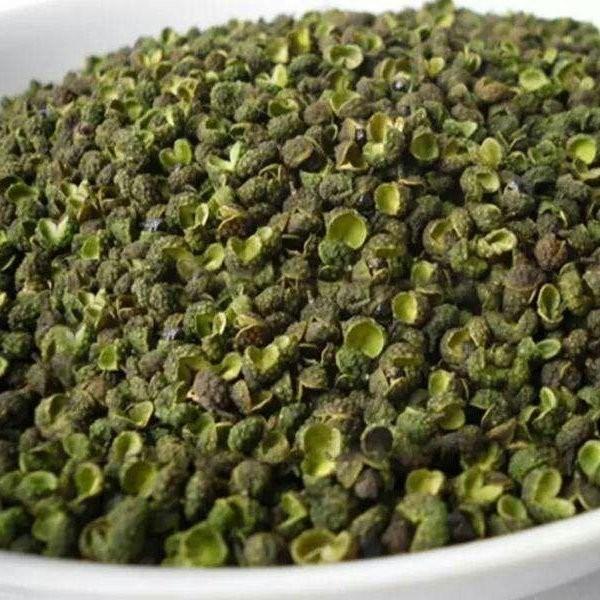 新鲜青花椒100g包邮藤椒特麻椒粒粉调料大料四川汉源特产散装保。