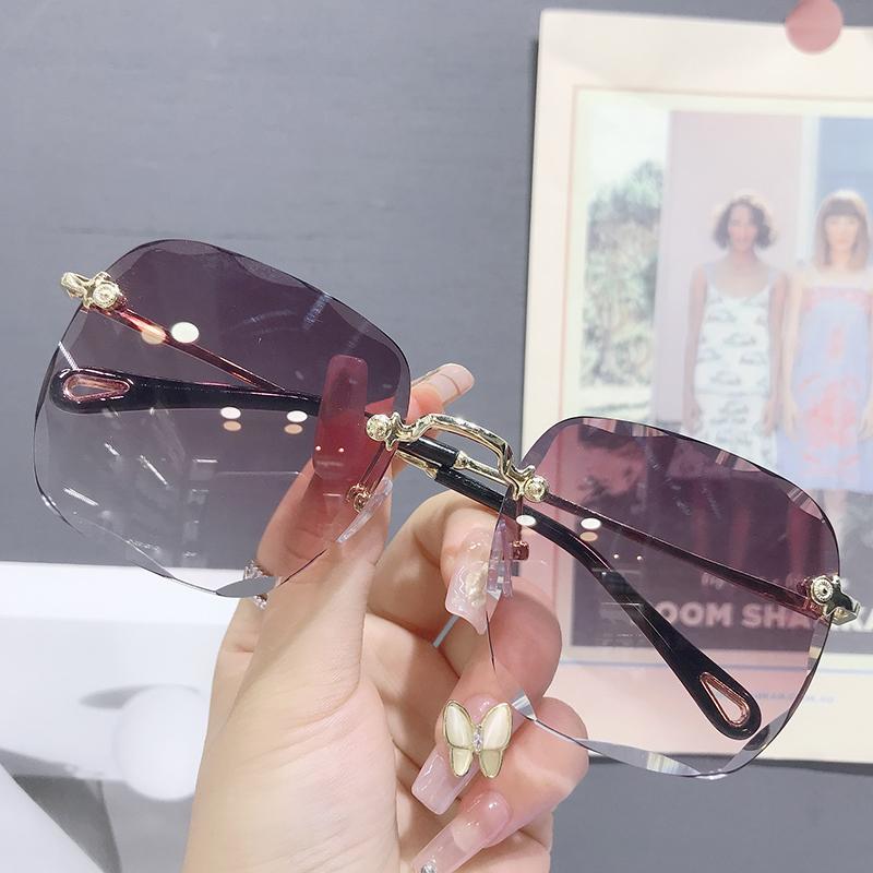 太阳镜女2020年新款潮无边框墨镜网红同款街拍眼镜大圆脸防紫外线