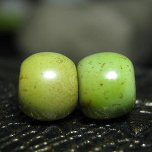 老绿松石桶珠一对7mm西亚古珠古玩文玩古董珠配珠手串包老老物件图片
