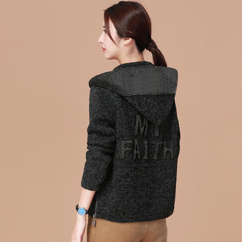 韩潮袭人加厚连帽毛衣外套女冬季2017新款短款保暖大衣宽松短外套