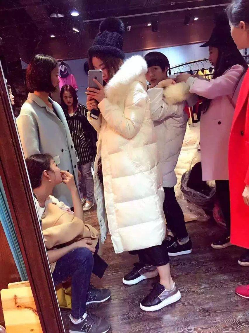 2018新款冬季韩版狐狸毛修身显瘦中长款过膝白色羽绒服女加厚外套