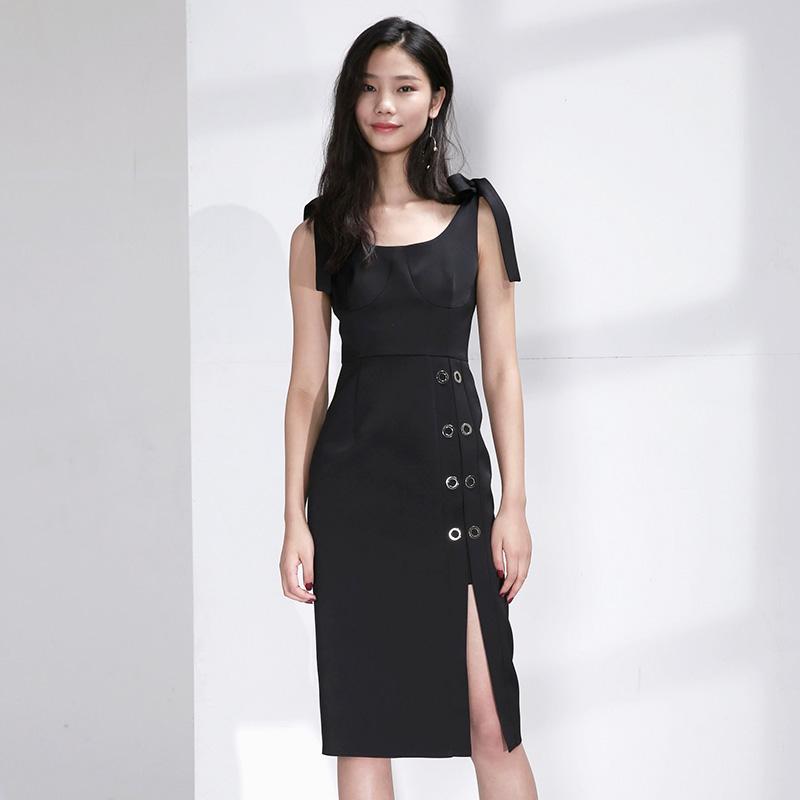 ANYWill U型复古领 肩带系带 修身气眼 连衣裙