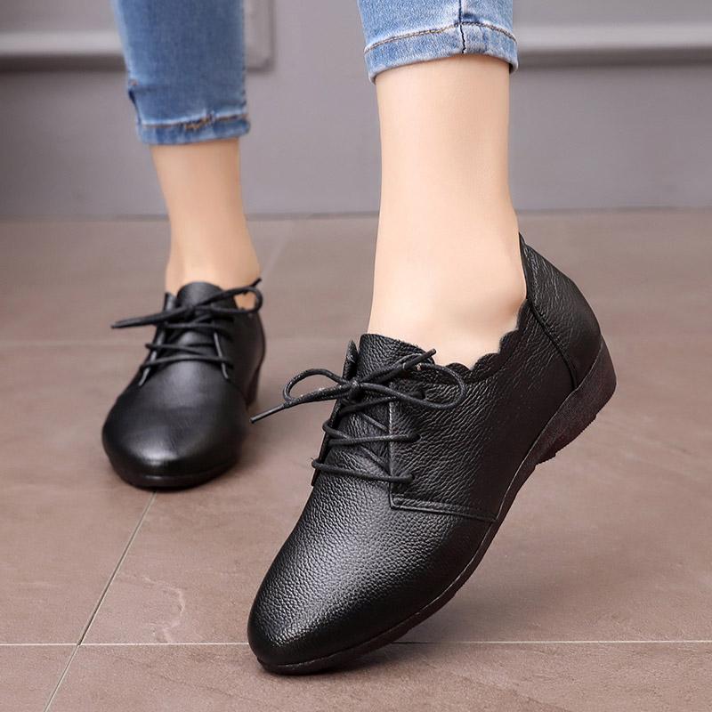 2019新款春季牛筋底妈妈鞋软底女皮鞋真皮中老年单鞋平底防滑舒适