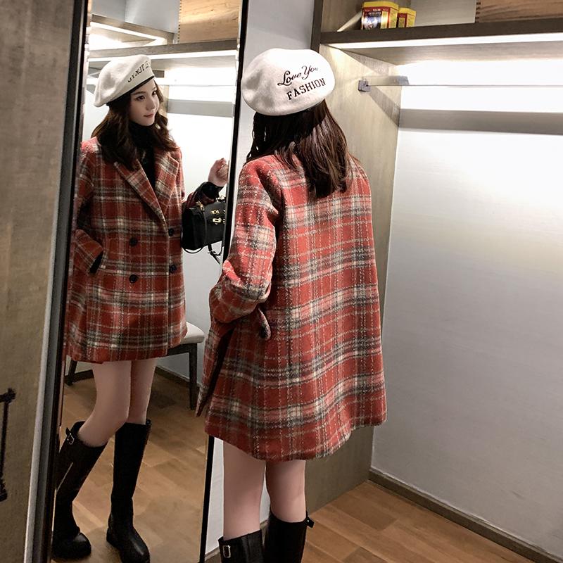 冬季2019新款复古红格子毛呢外套女中长双排扣西装领妮子大衣加厚