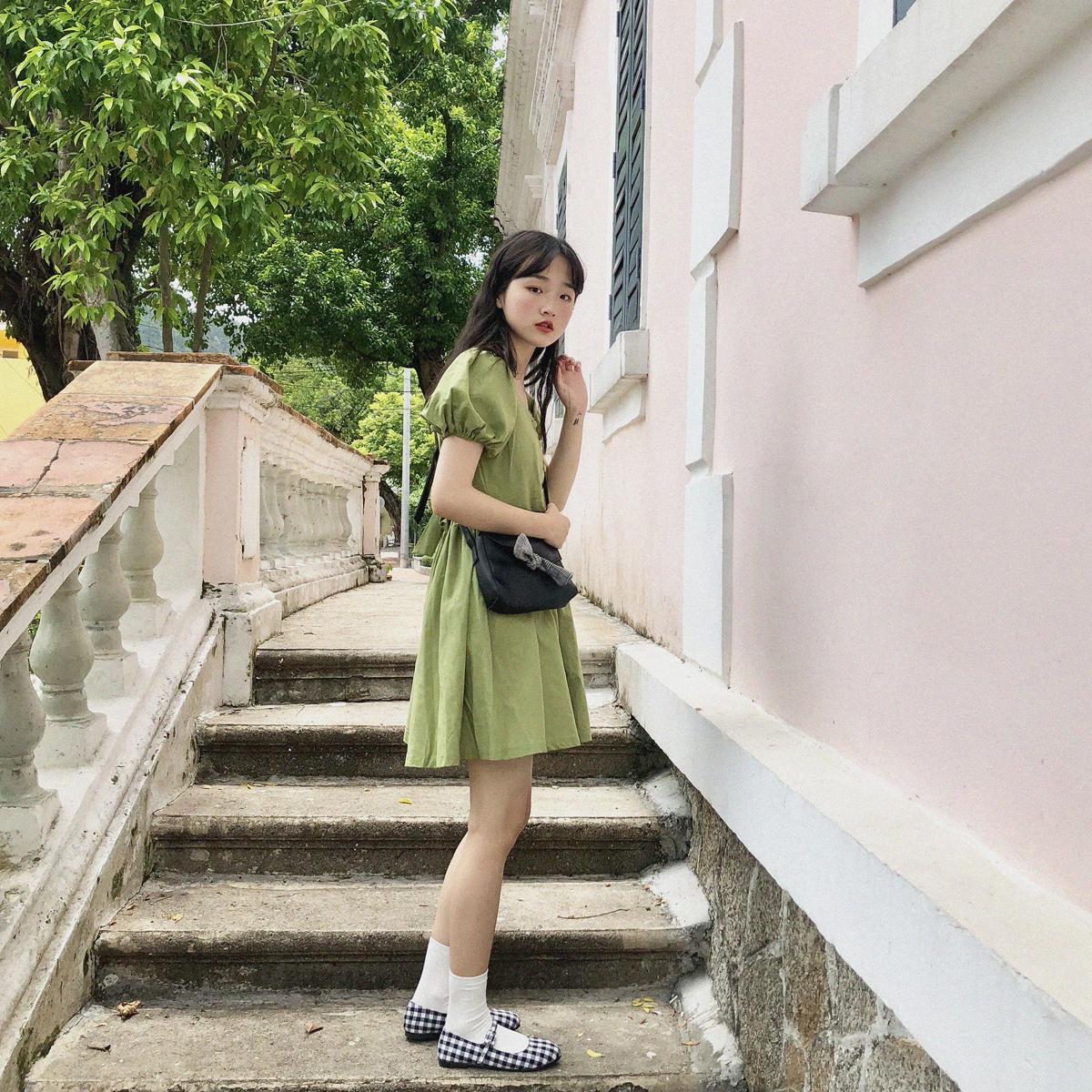 YUKI小树家 显高显瘦高腰V领小公举连衣裙韩国夏季新款 q0702