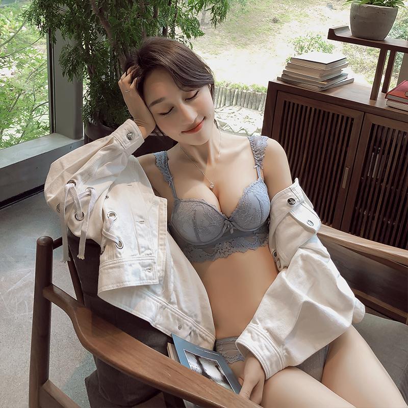 加厚杯性感蕾丝带插片小胸聚拢内衣套装无钢圈防下垂调整型文胸罩