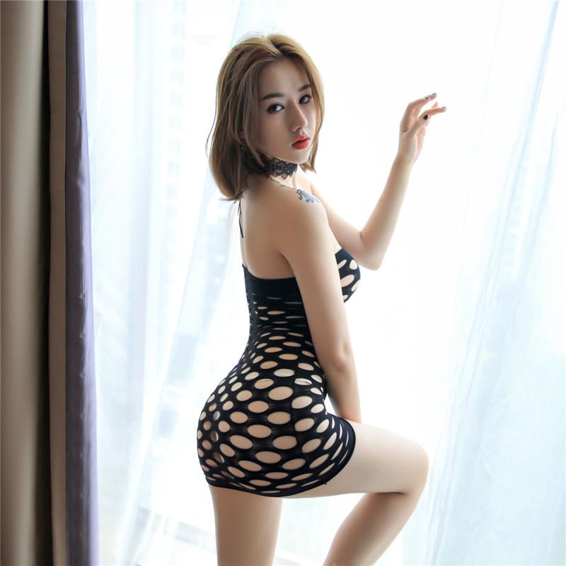 大网眼情趣紧身连衣裙中出裙户外短裙户外漏露出内衣包臀裙