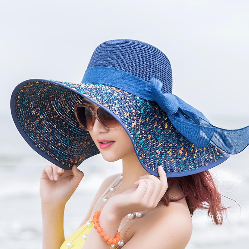Головной убор женский на море