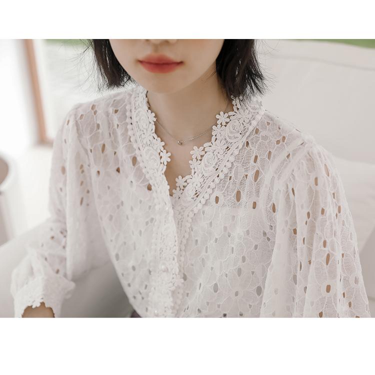 实拍 秋冬季蕾丝边拼接长袖衬衫女 气质珍珠扣显瘦上衣-苏格服饰-