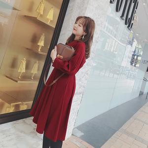 摩妮卡韩版大码女装连衣裙春装新品胖mm复古纯色收腰显瘦中长裙