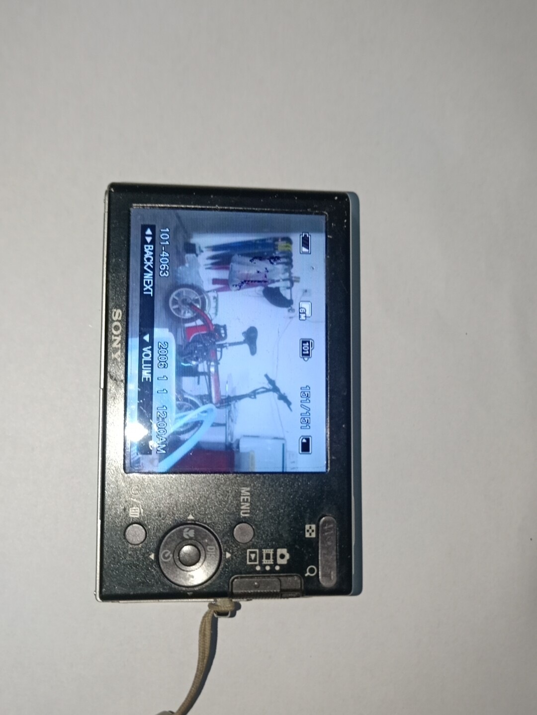 索尼DSC-W180数码相机,出一台索尼数码相机 ,整机成色