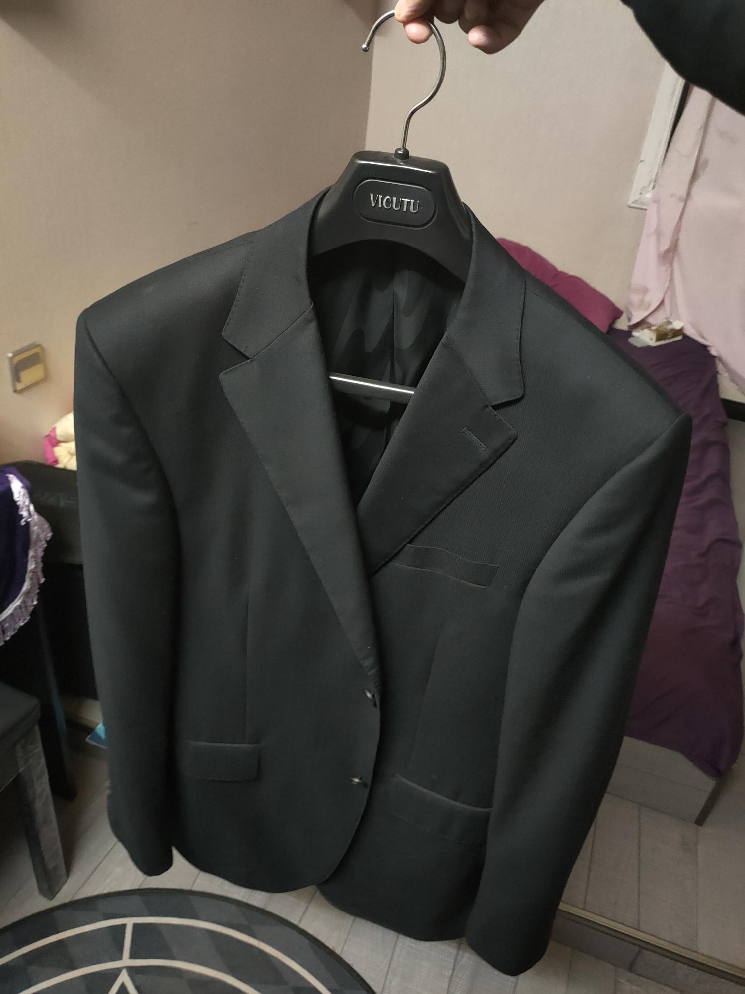 VICUTU  威可多 西装上衣外套(仅外套)商场买的。成色