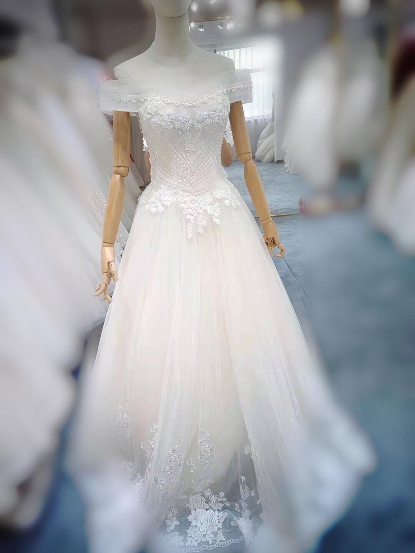婚纱馆升级,处理全新齐地一字肩婚纱,显瘦显腰细,全新一次未穿