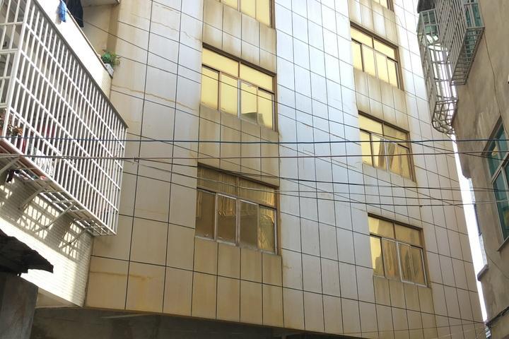 平潭县潭城镇康德别墅区B区12排F3座房产
