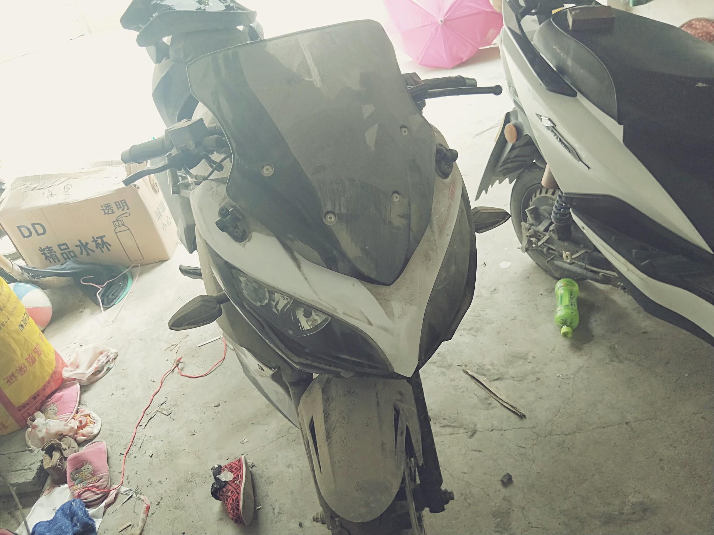 宝雕地平线摩托车跑路刚过磨合期轮胎能看出来