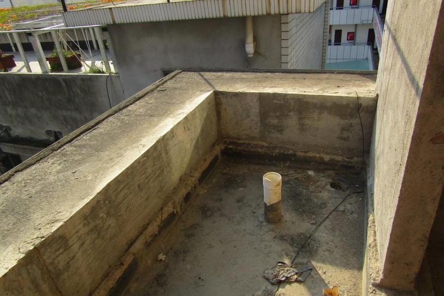 南靖县山城镇建设路207号404室(门牌号为建设路203-1号402室)的房地产