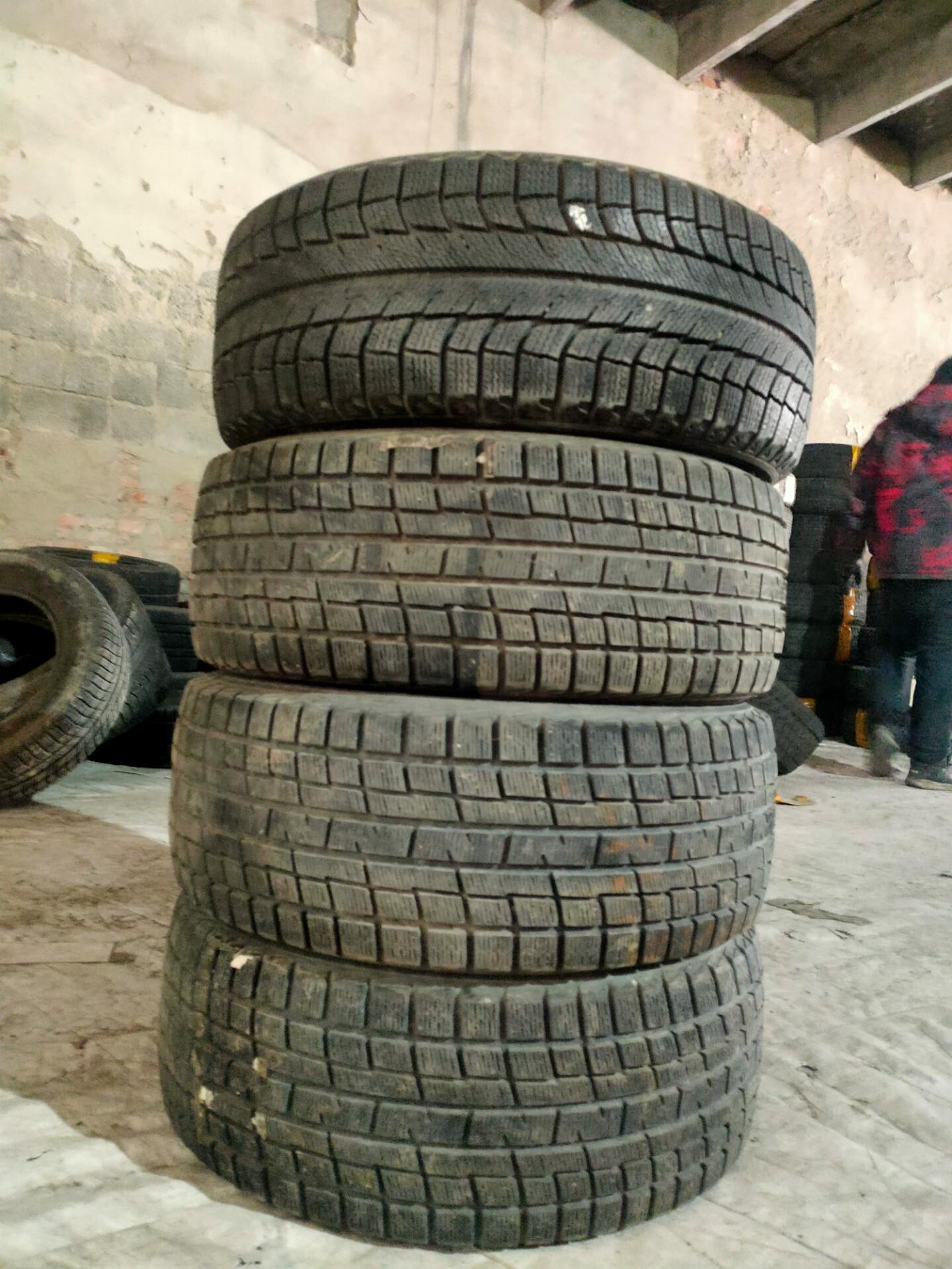 优科豪马:225/50R17二手雪地轮胎  雪地轮胎